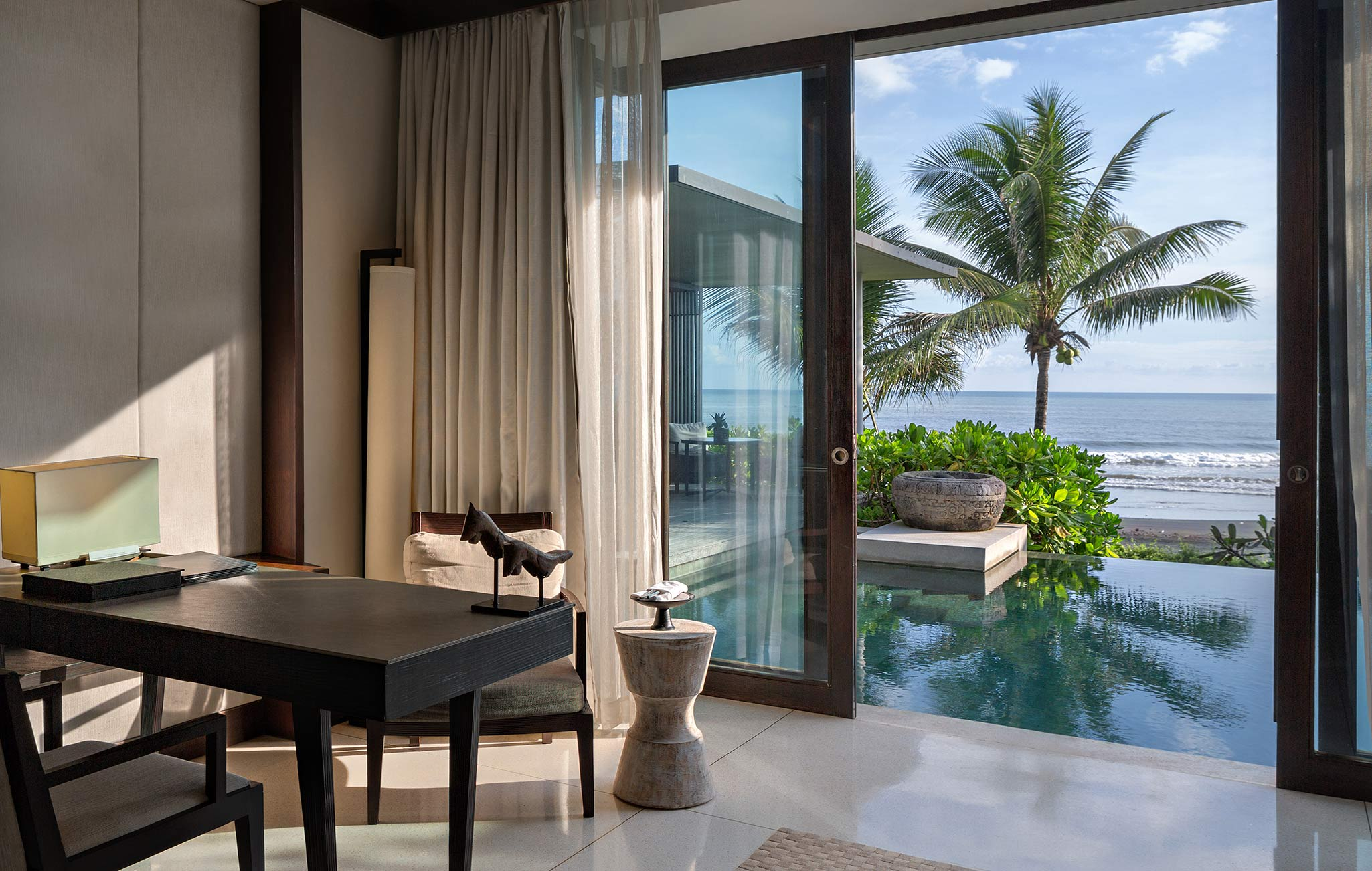 best-villas-with-ocean-views-private-pools-in-Bali